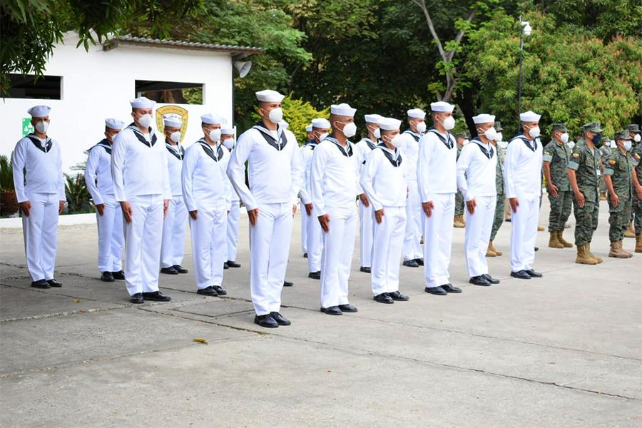 Estudios instituto naval